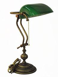le de bureau banquier laiton verre vert le de table style le de banquier en verre vert et laiton
