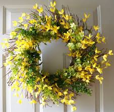 25 unique forsythia wreath ideas on diy wreath