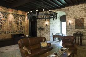 photo gallery and virtual visit of the montbrun castle for sale