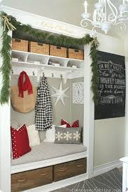 Entry Way Decor Ideas Best 25 Christmas Entryway Ideas On Pinterest French Country