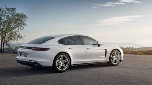 new porsche 2017 the new porsche panamera 4 e hybrid packs 462 hp of gas electric