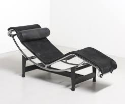 lc4 lounge chair from the sixties by le corbusier u0026 charlotte