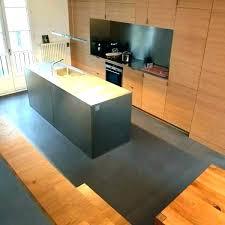 poser faience cuisine beton cire cuisine pose plan travail cuisine pose beton cire sur