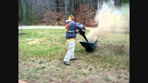how to fertilize your lawn the easy way youtube