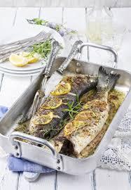 cuisine marseillaise recettes recette loup à la marseillaise
