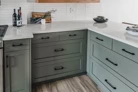 what paint to use on melamine kitchen cabinets how to paint melamine centris ca
