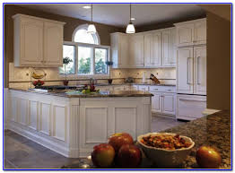 popular colors to paint kitchen cabinets painting home design