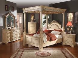 Bedroom Furniture Dresser Sets by Bedroom Elegant And Traditional Style Of Canopy Bedroom Sets