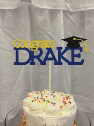 graduation cake toppers best 25 graduation cake toppers ideas on diy