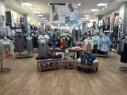 Vanity Outlet Store The Buzz Vanity Store To Move In Mall