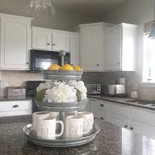 Farmhouse Kitchen Design Pictures Best 25 Kitchen Decor Themes Ideas On Pinterest Kitchen Themes