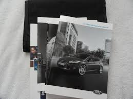 amazon com 2013 ford focus owners manual ford books