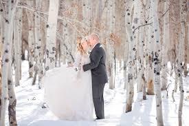 Weddings In Colorado Snowy Warm U0026 Inviting Winter Wedding Shoot Luxe Mountain