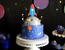 Outer Space Decorations Best 25 Space Cupcakes Ideas On Pinterest Galaxy Cupcakes Star