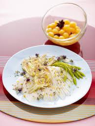 recette cuisine vapeur recette raie à la vapeur de thym et pétales d artichaut cru