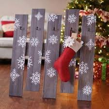 Wood Projects For Xmas Gifts by Best 25 Stocking Holders Ideas On Pinterest Christmas Stocking