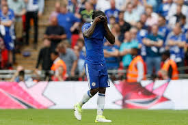 arsenal vs chelsea fans want victor moses sold after fa cup