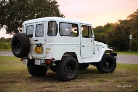land cruiser vintage luna