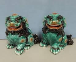 kutani shishi antique pair of japanese kutani shi shi foo dogs ebay