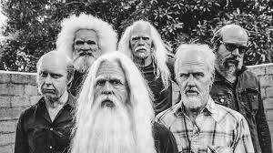 Foo Fighters Meme - foo fighters are rockin grandpas in new music video for run nerdist