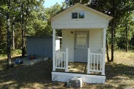 tiny home for 23 000 in dover arkansas measures only 128 square