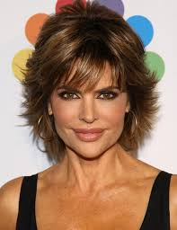 what is the texture of rinnas hair 2014 lisa rinna s short hairstyles pretty textured haircut