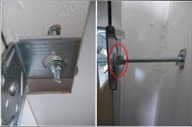 comment fixer un meuble de cuisine au mur comment fixer un meuble de cuisine au mur sur en placo 559 372 lzzy co