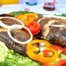 la bonne cuisine ivoirienne cuisine ivoirienne en côte d ivoire manger c est fêter