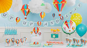 Balloon Decor Ideas Birthdays Clouds And Balloons Decorating Idea Up Up And Away Baby Shower