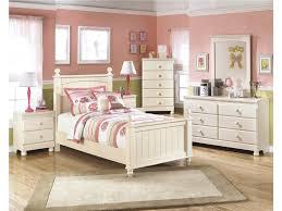 Cream Bedroom Furniture Furniture Elegant Bedroom Furniture Set Includes Bed Vanity