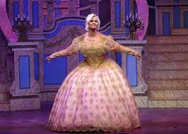 kerry katona receives rave reviews pantomime performance