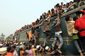 Long Journey How Commuters Cope by Tickets Please Thousands Crowd On To Trains In Bangladesh Cetusnews