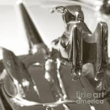 1932 chrysler ornament hoods and ornaments