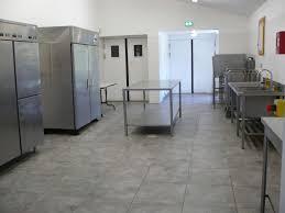 location salle avec cuisine équipée à rémy de provence salle
