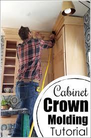 kitchen cabinet crown molding ideas kitchen cabinet crown molding reality daydream