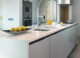 pose d un plan de travail cuisine pose d un plan de travail en quartz poser sur une cuisine ikéa à