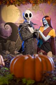 jack skellington and sally scare up new fun in mickey u0027s not so
