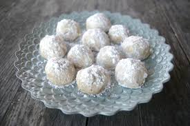 wedding cake cookies mexican wedding cakes feasting freds