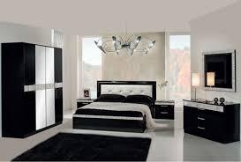 chambre à coucher blanc et noir chambre et