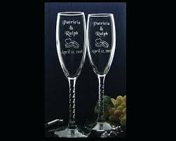 wedding gift glasses personalized chagne glasses wedding favors 9 personalized