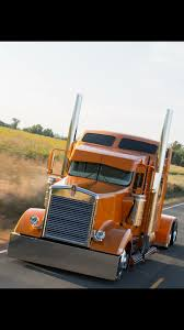 trucking companies with kenworth w900 kenworth w900 love the simple look of this truck details like