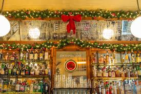 Rolfs Nyc Christmas 8 Festive Nyc Restaurants With Dazzling Holiday Decorations