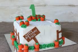 pumpkin cake decoration ideas crave indulge satisfy pumpkin patch cake