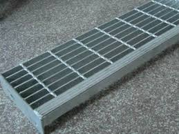 safety steel grating stair treads for indoor or outdoor application