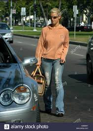 jessica simpson as jessica simpson shops for shoes at the upscale