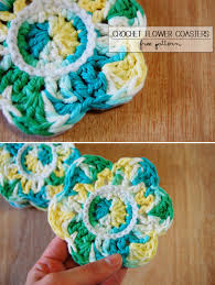 mon makes things crochet flower coasters with felt backing
