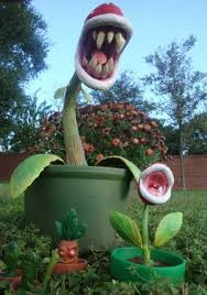 12 wackiest lawn ornaments lawn ornaments yard yards and