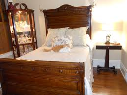 classic victorian bedroom furniture romantic bedroom ideas