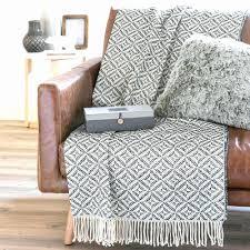 jetés de canapé jete de lit nouveau jetee de canape avec jete de canape marron achat
