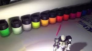 Glow In The Dark Spray Paint Colors - fun glow in the dark phosphorescent acrylic hobby paints youtube